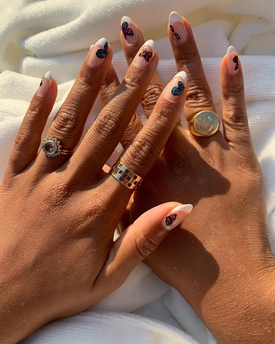 Butterfly Nail Trend by @evemeetsnails