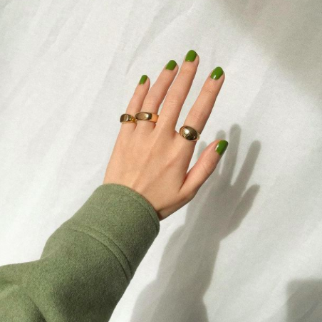Green nail trend by @thatsaleaf